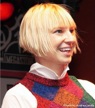 Sia sängerin | Sia tickets and 2019 tour dates  2019-04-11